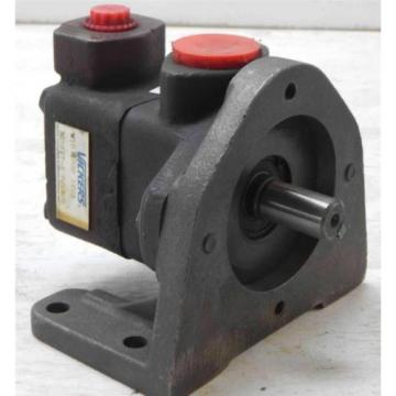 #58  Vickers  V10-2P3P-1C20  382077-3  Hydraulic Pump